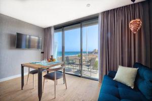 hotel_lamarine_interior_beachview